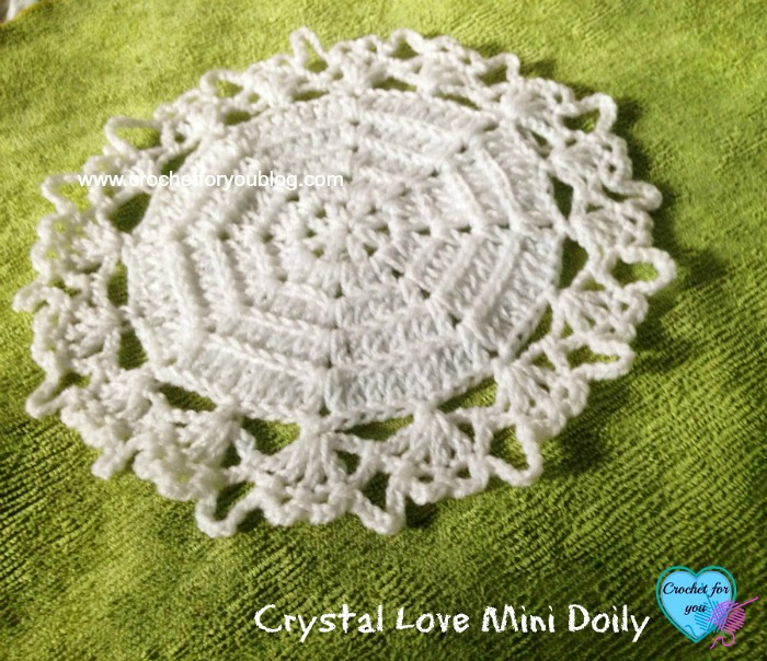 Free Crystal Love Mini Doily Pattern