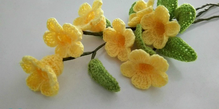 Crochet 3D flower bouquet (Golden Trumpet Vine) Free Pattern