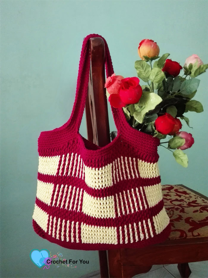 Crochet Uptown Plaid Tote Bag