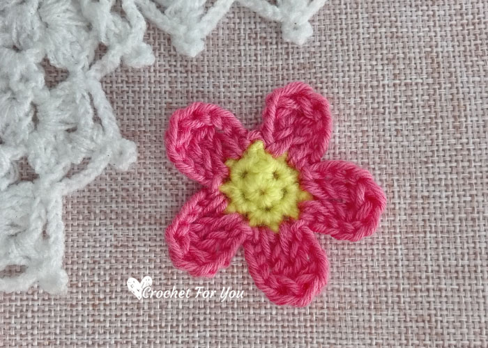 Crochet Simple Flower Applique Free Pattern